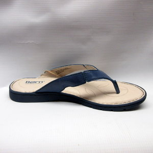 ec8f3886b1e8 born-sandals-women-amelie-ocean.JPG