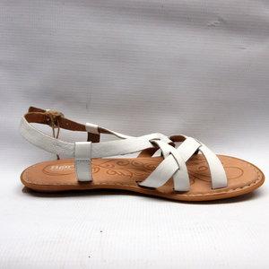 d828ccd06a3b born-sandals-women-eryka-white.JPG