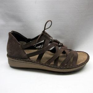19f706fc857f naot-sandals-women-yarrow-coffee-bean.JPG