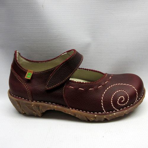 El Naturalista Shoes Women NO95 Iggdrasil Mary Jane in Rioja — Cabaline e554d0fc91f