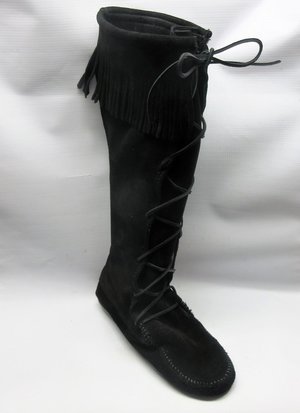 cac01260715 minnetonka-boots-women-front-lace-boots-black-size-