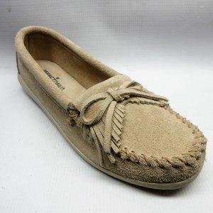 65679640bbe minnetonka-shoes-women-newport-moccasin-stone.JPG