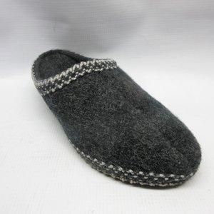 07d8061c1e6 haflinger-slippers-unisex-as25-wool-charcoal.JPG