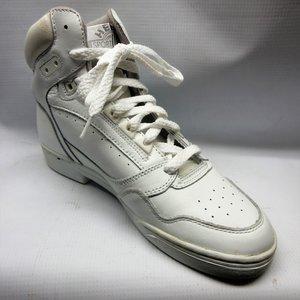 cc0078d329c miller-boots-women-hi-top-heels-down-white-