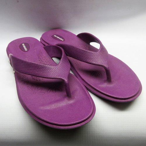 208c5e81157 Okabashi Sandals Women Maui Flip Flops in Plum Size Large — Cabaline