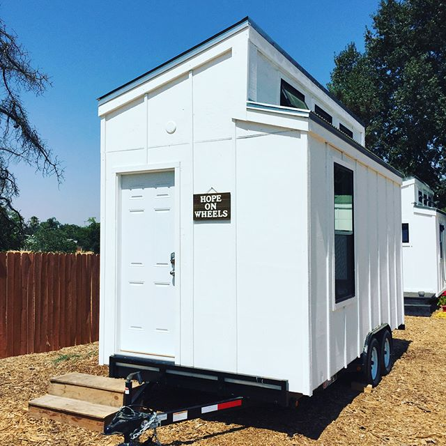 @adventure_natomas just dropped off their finished tiny home! Look at the amazing job they did!