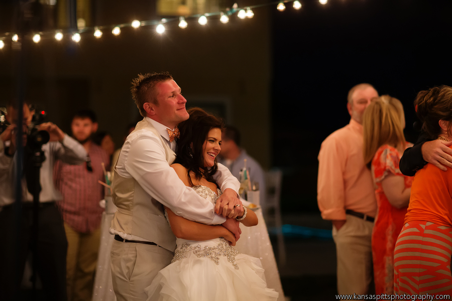 Branham_Busby_kansas_studios__kansas_pitts_photography__design_Reception100_low.jpg