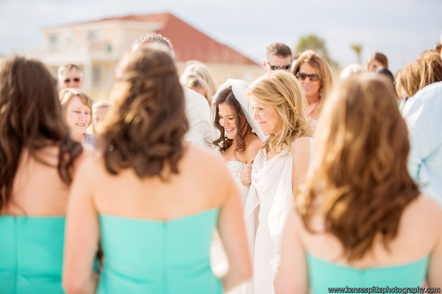 Branham_Busby_kansas_studios__kansas_pitts_photography__design_Ceremony35_low.jpg