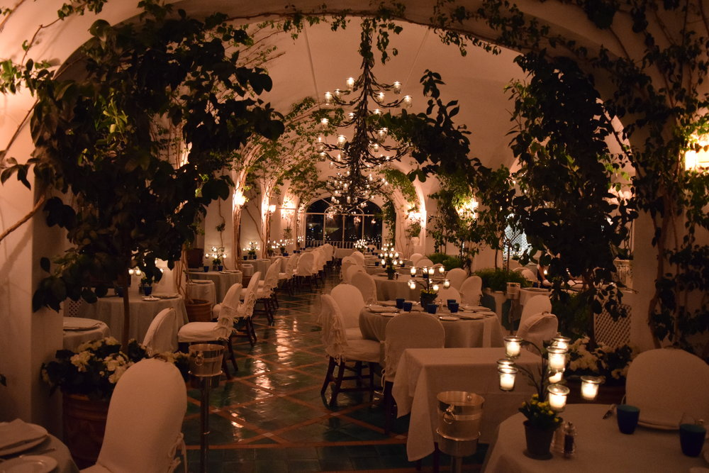 Michelin rated La Sponda, lit by hundreds of candles each night