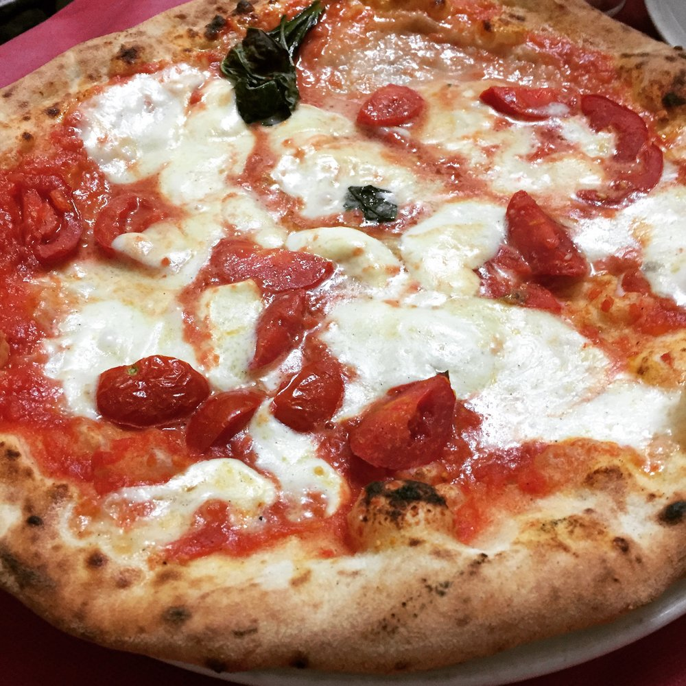 Pizza Margherita, a must in Naples