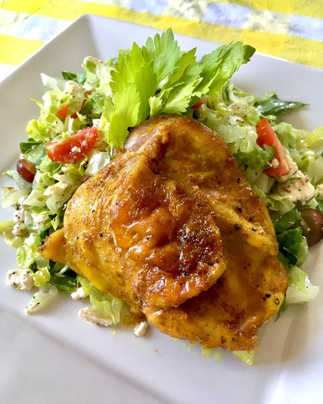 Almost Summer Lunch: Jamaican Curry Rubbed Chicken and Chopped Salad #lunch #currychicken #choppedsalad