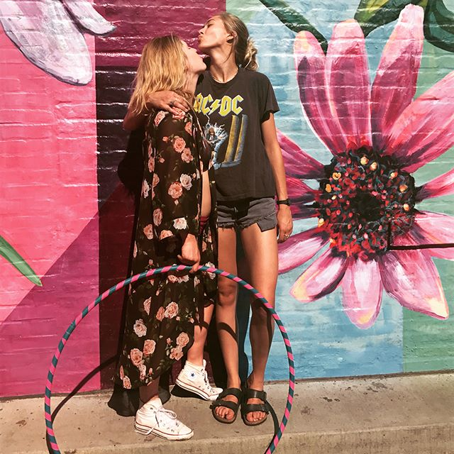 Loved spending the summer living w my beautiful best friend !!! The world wouldn't go round without u (at least mine wouldn't 😊) you always inspire me to be true to myself and believe in everything I do.  Your kind soul and hysterical dick jokes are what make me love you till the end of time. See u in the sun and stars 🌹🌺🔮🌈💜🎱 . . . . . . . . . . #instacool #summer #summerlove #rommie #uptown #bestfriends #homies #lovers #cuties #fun #times #goodtimes #cute #uptown #minneapolis #roommates #mylove #adventures