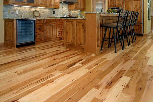 beautiful-natural-hickory-engineered-flooring-images-kitchens-hickory-natural-floors-painted-cabinets.jpg