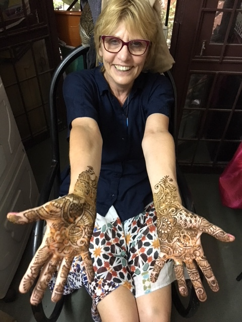 Greetings from india part i lois letchford the family arrived in chennai last week around 300 am and we were immediately enthralled by just the drive from the airport to the hotelan awe m4hsunfo
