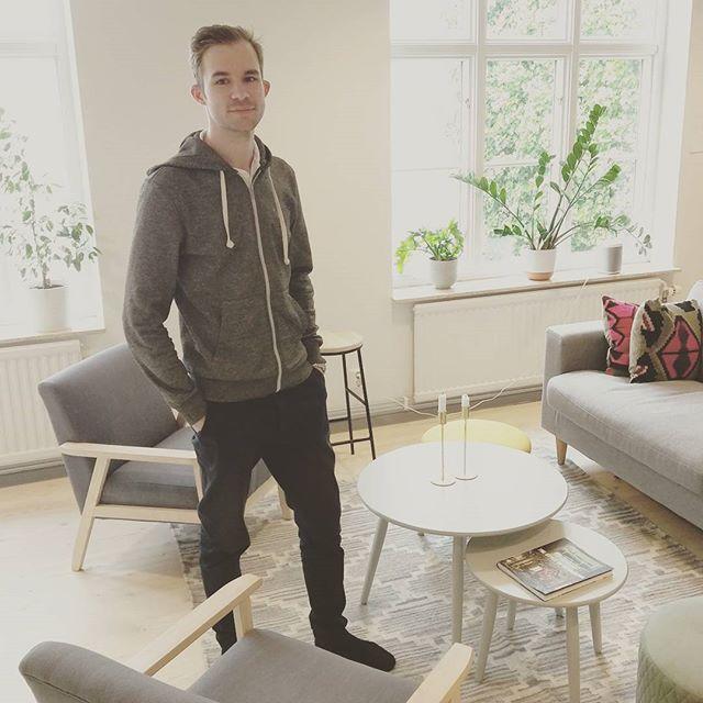 Philip Berqvist från Cafewifi.com kikar förbi och mäter vårt wifi. Snabbast i Malmö, såklart.