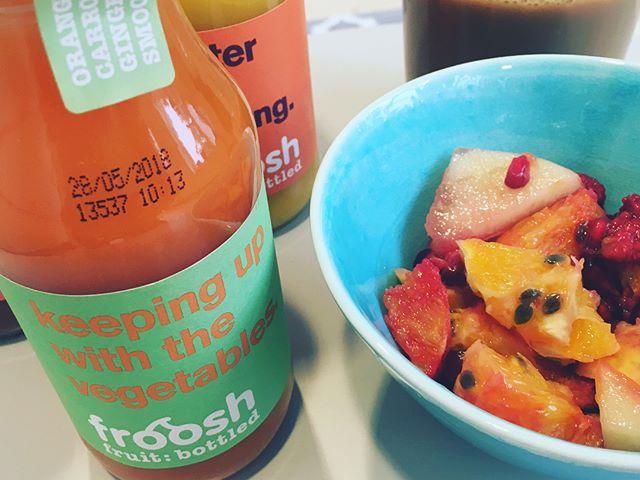 Härlig morgon m. härligt frukostgäng! Det blir mer av den varan under hösten, så spana gärna efter fler event här på Ada. 👋🏼 och tack huskompisar @frooshsmoothies för god bonus på frukostbuffén
