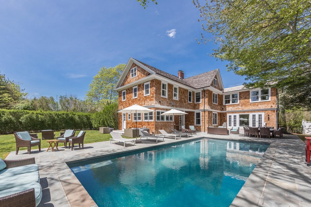 Get An Inside Look At Real Housewives Star Bethenny Frankel's Recently Listed Historic Hampton Retreat