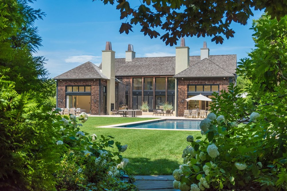 Tour This Sagaponac Estate On Hedges Lane Asking $11 Million