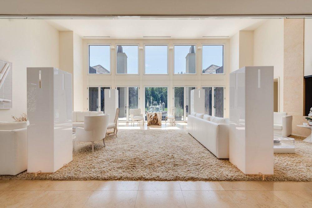 Tour This Sagaponac Estate On Hedges Lane Asking $11 Million