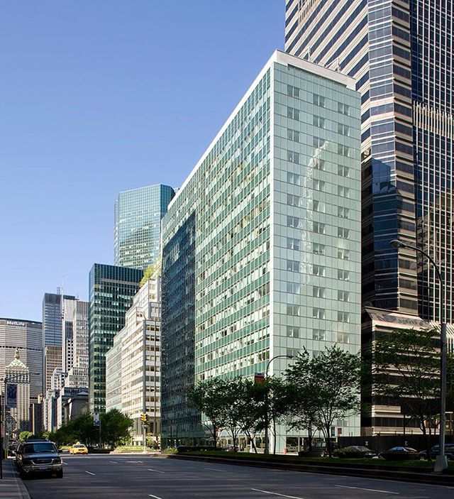 Oestreicher Properties Inc., Marx Realty and Midwood Investment & Development have announced that several prominent firms, including Silver Rock Capital, SK Capital, and Impala Asset Management, have signed leases for office space totaling more than 31,000 SF at 430 Park Avenue in the first half of 2018. During the time period, 7 office tenants at 430 Park Avenue. Also, during this time, retail tenant Cellini Jewelers opened its flagship store at the base of the building. #OestreicherProperties #430Park #MidwoodInvestmentDevelopment #MarxRealty #MiamiRealEstate #NYCRE #ParkAvenue #PROFILEnyc