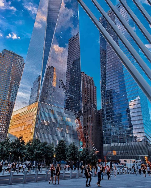 Happy Friday! We hope everyone has a great weekend! 🇺🇸 #NYC #FiDi #FreedomTower #WorldTradeCenter #WTC