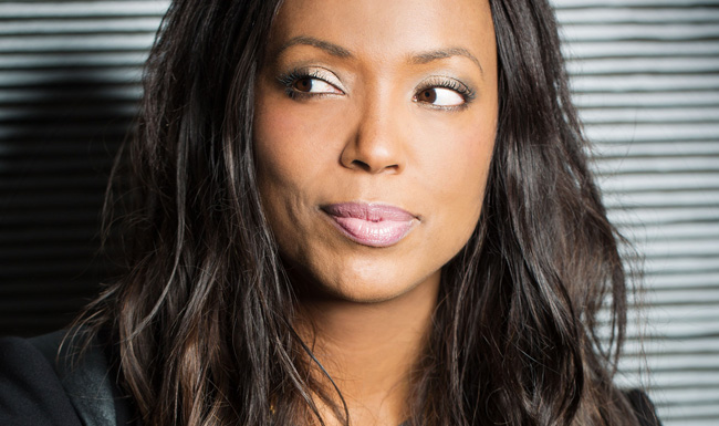 Aisha Tyler Is a Woman Men Can't Help But Love  / Esquire