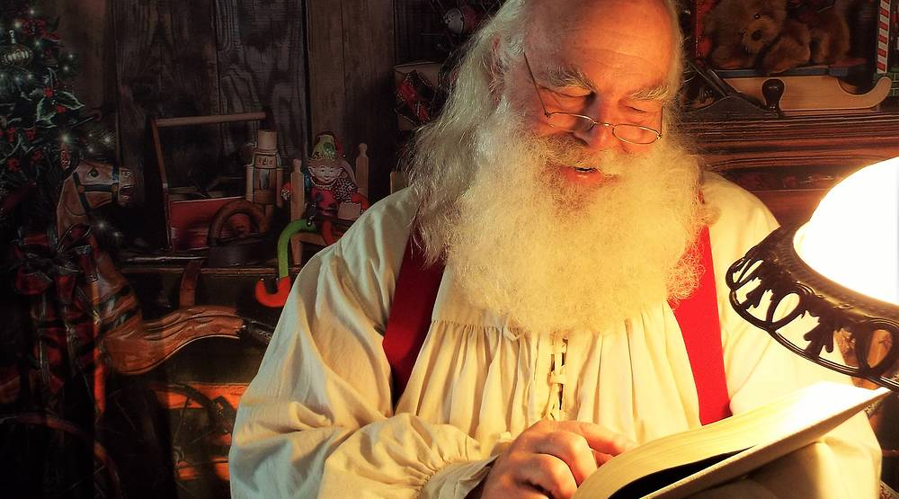 Inside the Cutthroat World of Today's Professional Santas  / Money