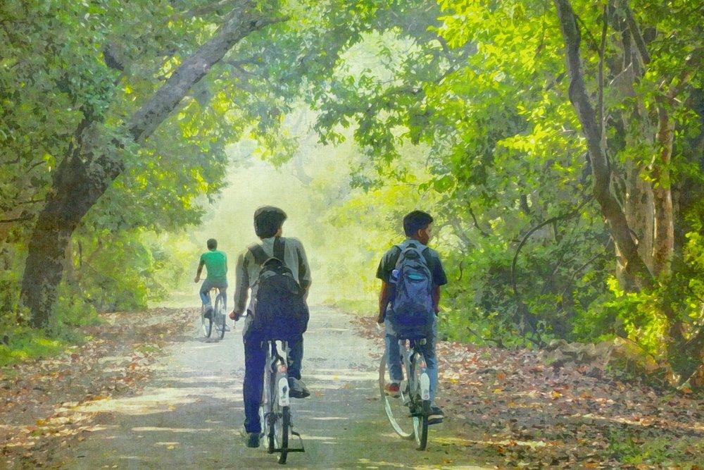 boys-cycling