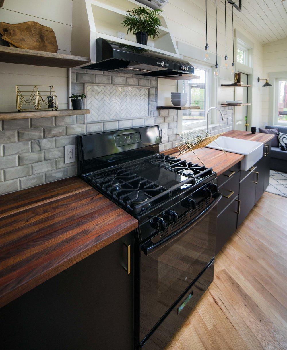 Colton's Tiny Home (13 of 22).jpg