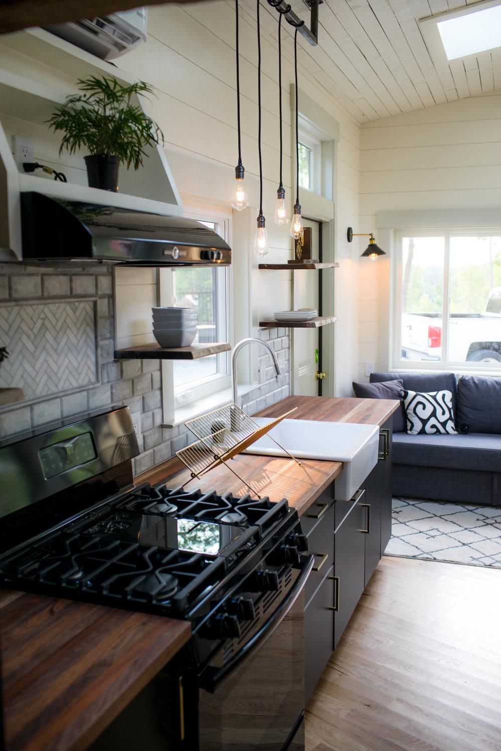 Colton's Tiny Home (16 of 22).jpg