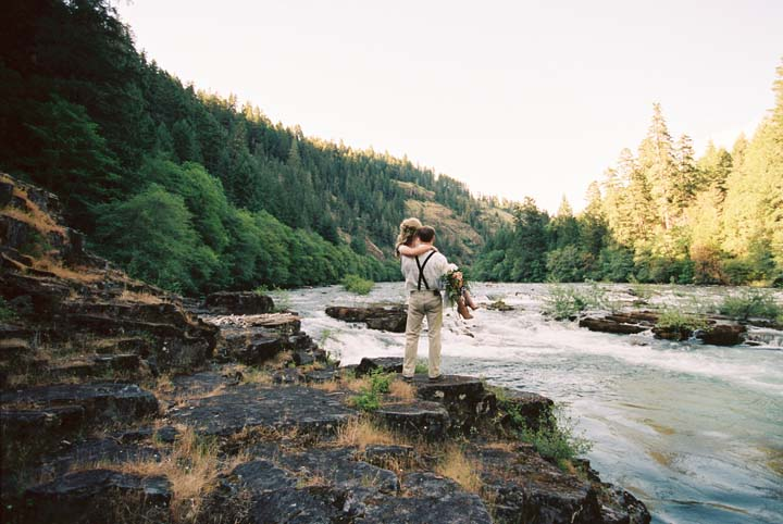 adventure elopement at steamboat inn