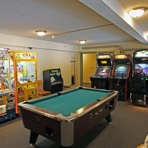 Arcade game room at a hotel in New Hampshire