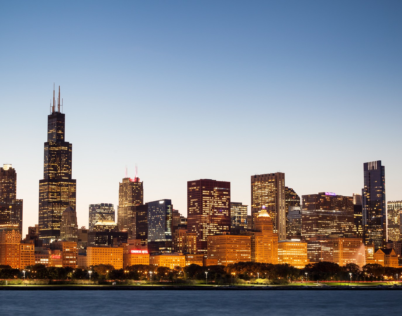Chicago Skyline Twilight Josh Merrill Photography