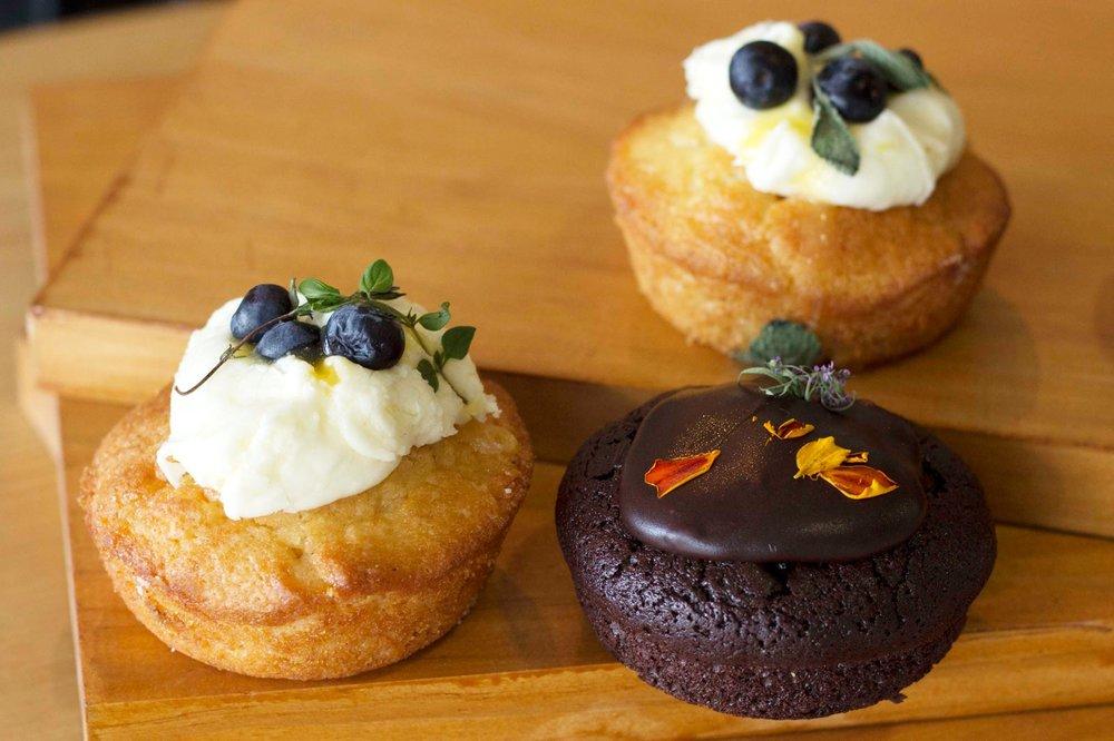 mini-cakes.jpg