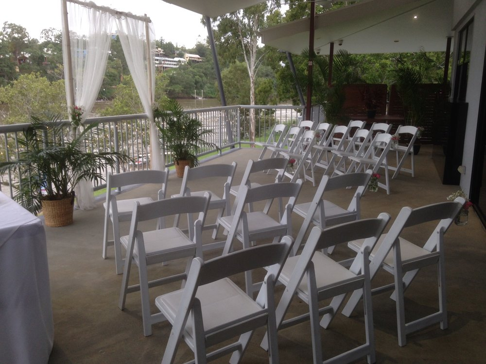 What if it rains? - A garden wedding in many lovely locations can cause some concern of 'what happens if it rains'. At Toowong Rowing Club we have the option of 'Plan B'.  We do our best to have your garden wedding in the garden and  it is often a last minute decision when rain is imminent whether to stay down of go upstairs onto the balcony. A quick transfer and you are protected and can still have a beautiful river backdrop for your setting.