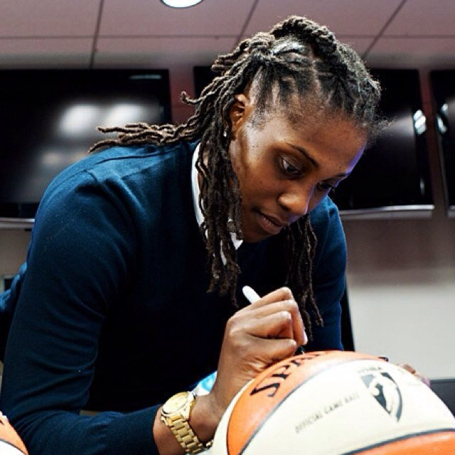 autographs.jpeg