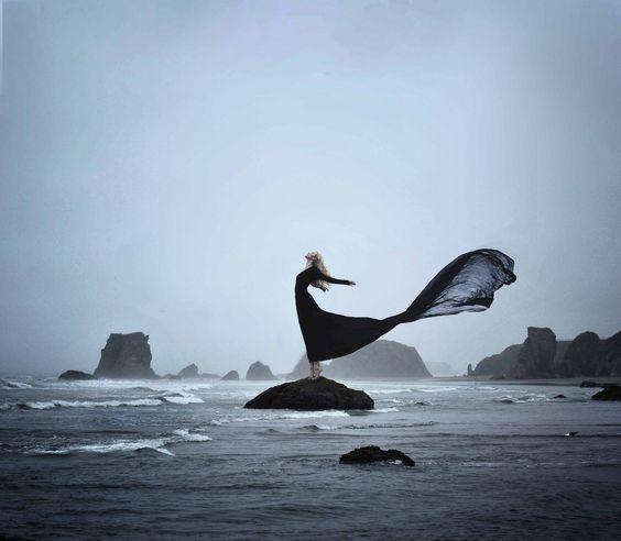 gown throw outdoor wind water dance .jpg