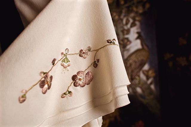 Shira-Ume dress| Plum flower embroidery on the sleeves.  白梅| 乳白色に染め上げたちりめん生地からつくられるボリュームある袖には梅の刺繍を入れて。  #URAMUNÉ  #CollectionKinu  #TangoPeninsula  #silkcrepe  #Kyoto  #silk #Japanmade  #craftsmanship  #日本の技  #伝統と革新  #白梅
