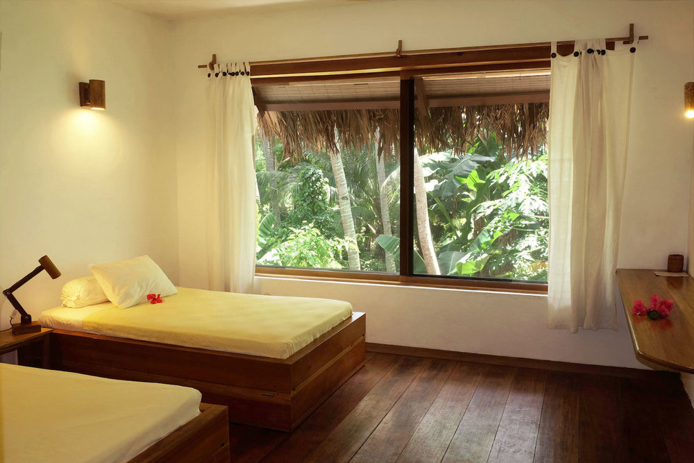Superior Room Coral Eye