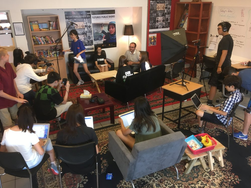 The setting for the FPR EAL8 Reporting team in preparation for the  Phillipe Kassouf  interview.  Ellie H moderated the session while a team of tech and observers captured the details.