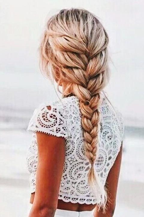 treccia-capelli-spiaggia.jpg