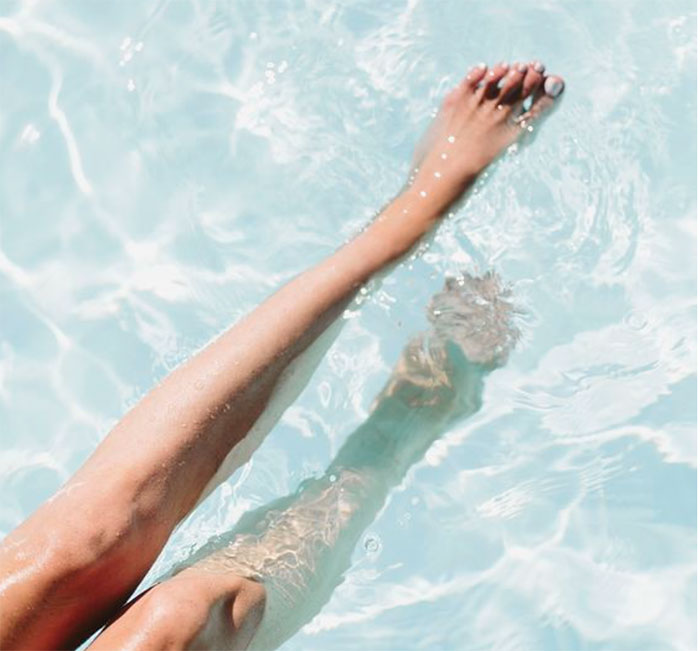 gambe-in-acqua.jpg