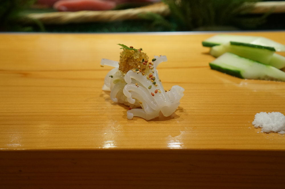 Next is Neon Flying Squid with Sea Urchin, Flying Fish Roe & Nishiki Sesame.  For me, this is the best squid sushi there is.  二貫目は赤いかのウニ、トビコ、錦胡麻のせ。私的にはこちらのイカ以上に美味しいイカを食べたことがない。