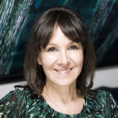 Contact Arlene Phillips