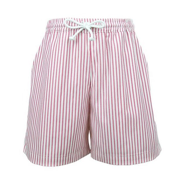 Dry fast is a must! 💦Pink stripe quick dry swimming trunks 🐙 || www.smartaleklondon.com || Shop Online #boyswearpink #swimwear #elegantbeach