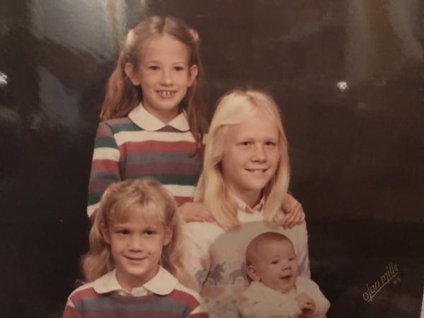 Sisters, 1983