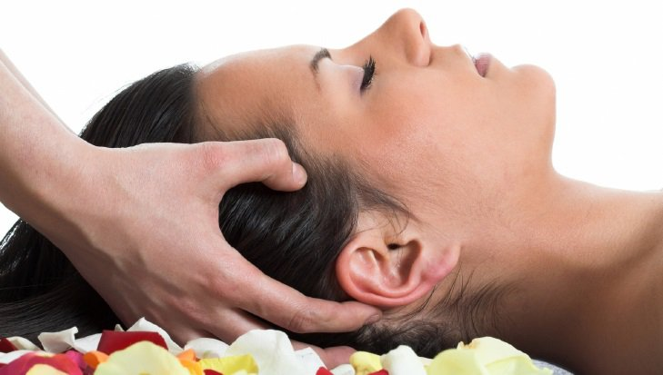 "<p><strong>Indian Head Massage</strong>Descriptive sentence or phrase.<a href=""/area-of-your-site"">More →</a></p>"
