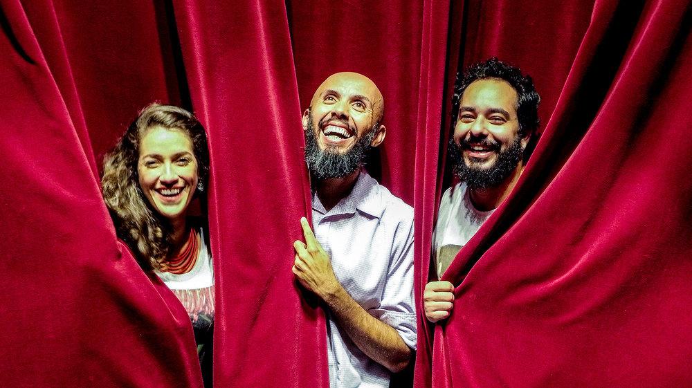 Carmin group, from Natal, in a season at Sesc Pinheiros with the show Jacy. Photo: Gabriela Bilo