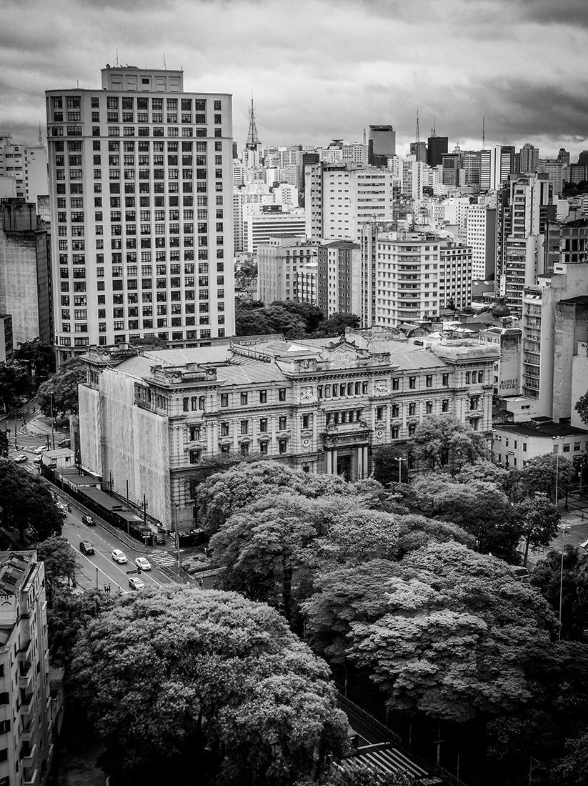 Photos of the city of São Paulo produced with Motorola mobile phone. Photo: Tiago Queiroz