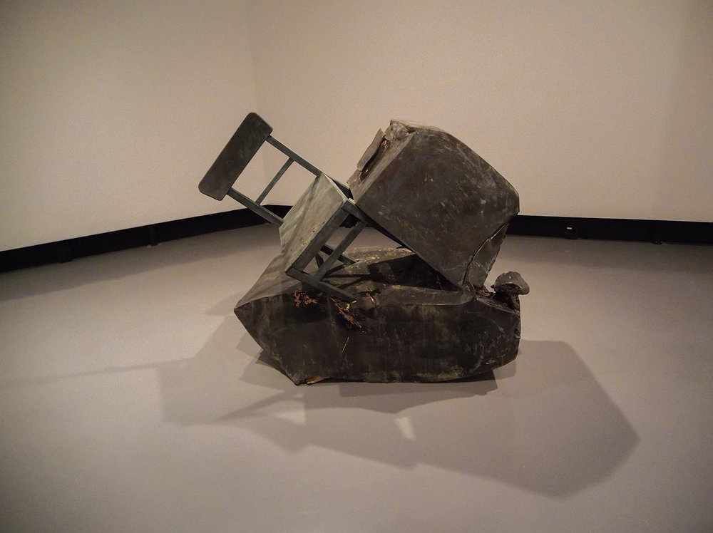 Exhibition by artist Erwin Wurm at Centro Cultural Banco do Brasil. Photo: Tiago Queiroz